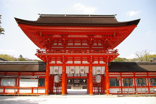 なんと前年比73%増!京都市の外国人宿泊者数激増中!